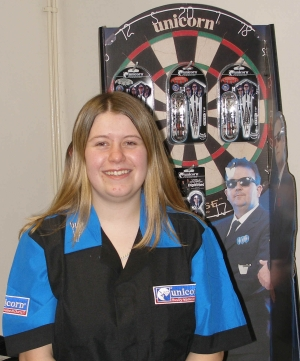 UNICORN 'TYE' UP LADIES DARTS STAR!